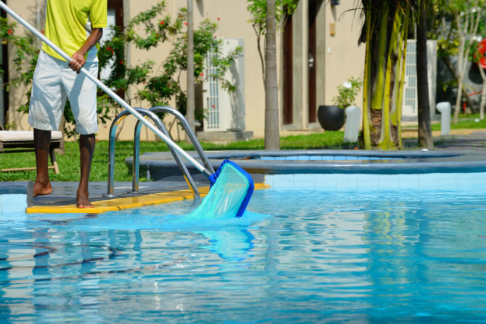 cuidar-da-piscina-da-muito-trabalho-tire-suas-duvidas